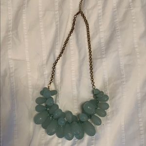 Jewelry - Teal beaded necklace